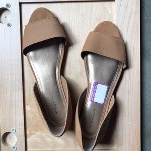 Shoes - Open toe sandy colored flats